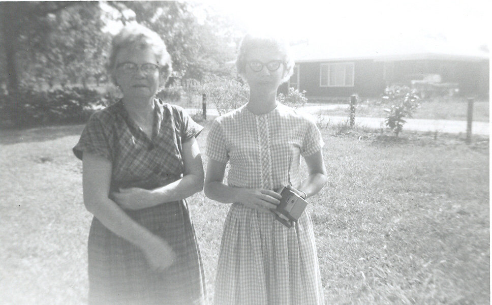 Addie-Evelyn-Allen-Woodcock-daughter-Lois.jpg